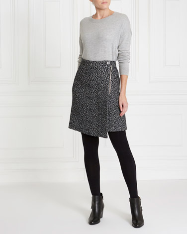 84f0d9dfa5c0f4 black-cream Gallery Animal Biker Skirt