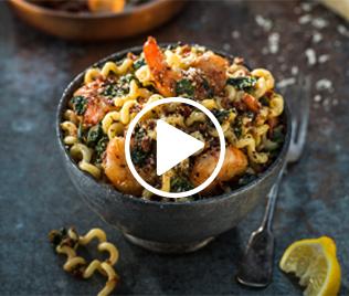 Sundried Tomato & Chilli Pasta with Prawns