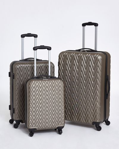 Four Spinner Wheel Ventura Exeter Luggage