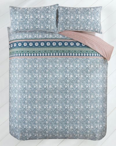 Carolyn Donnelly Eclectic Fleur Bed Set