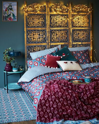 Carolyn Donnelly Eclectic Robin Bed