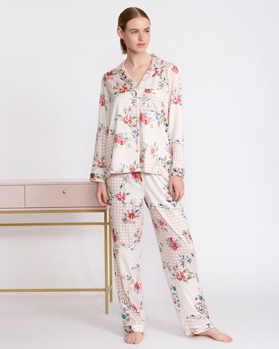 Carolyn Donnelly Eclectic Bloom Boxed Pyjama Set thumbnail