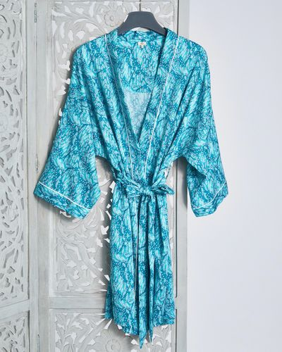 Carolyn Donnelly Eclectic Oasis Crinkled Satin Wrap thumbnail