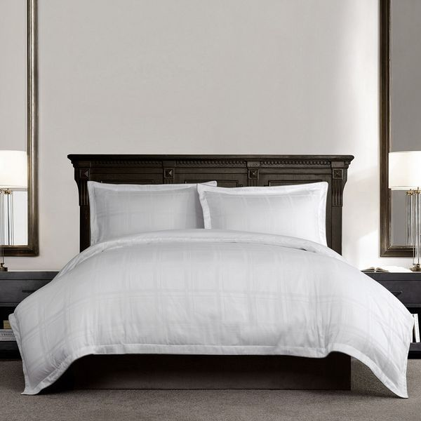 Paul Costelloe Living Sephina 300 Thread Count Duvet Cover