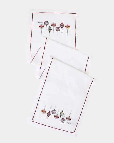 Paul Costelloe Living Embroidered Christmas Runner thumbnail