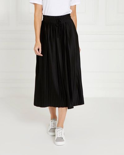 Gallery Pleat Skirt