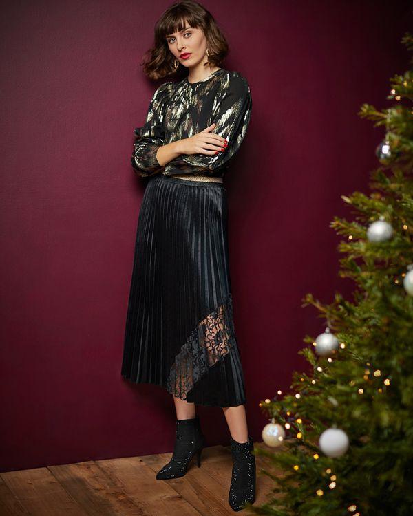 Gallery Mistletoe Velvet Skirt