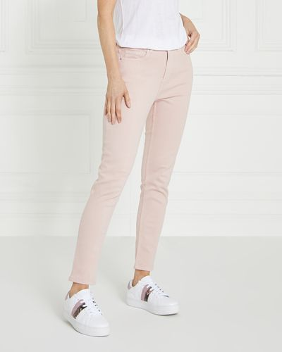 Gallery Everyday Jeans thumbnail
