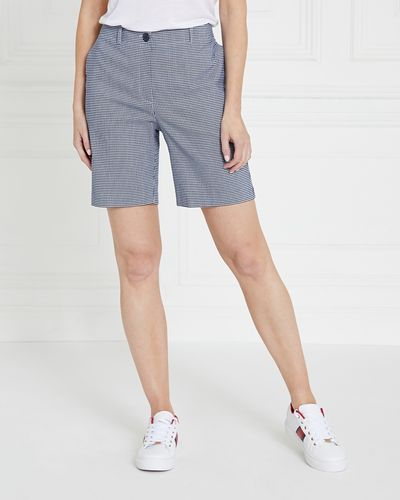 Gallery Stretch Shorts