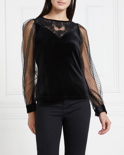Gallery Mistletoe Mesh Velvet Top