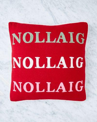 Helen James Considered Nollaig x 3