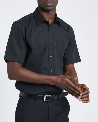 Regular Fit Short-Sleeved Cotton Rich Shirt thumbnail