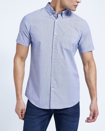 Short-Sleeved Slim Tableline Shirt
