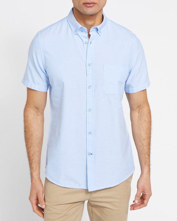 Regular Fit Short-Sleeved Oxford Solid Shirt