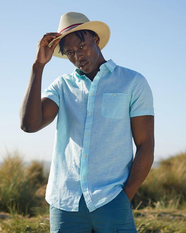 Regular Fit Short-Sleeved Linen Blend Solid Shirt