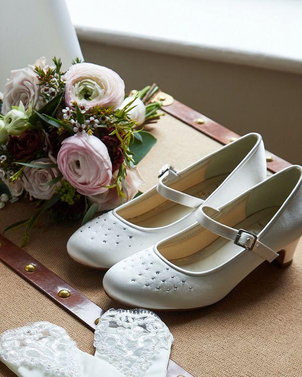 Paul Costelloe Living Ivory Diamante Heel Shoe (Size 12-4)
