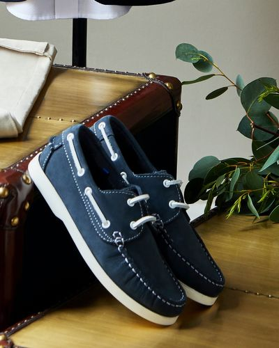 Paul Costelloe Living Boat Shoe (Size 13-5)