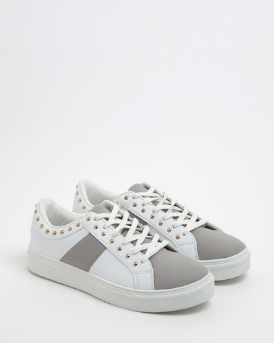 Gallery Stud Trainers