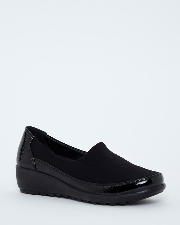Stretch Upper Low Wedge Shoe