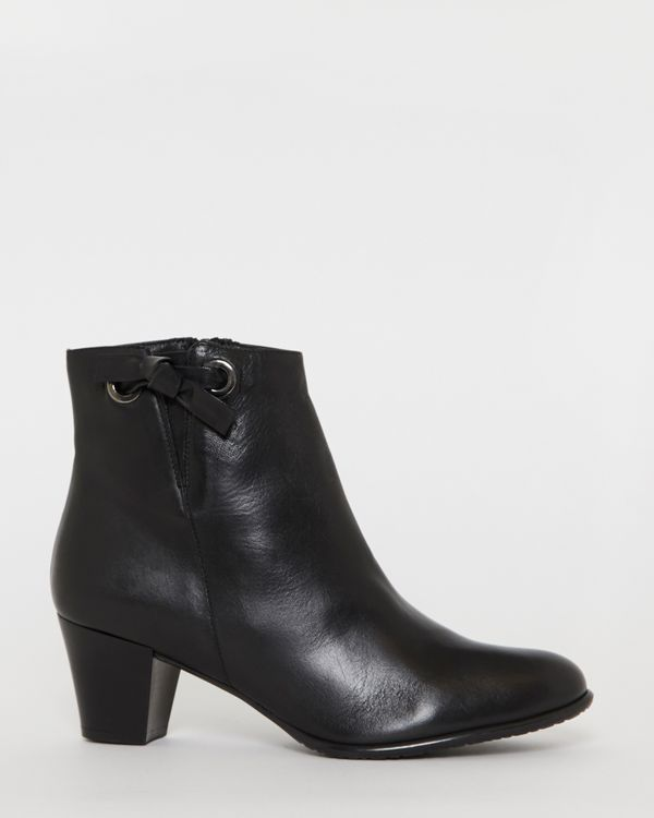 Leather Side Knot Ankle Boots