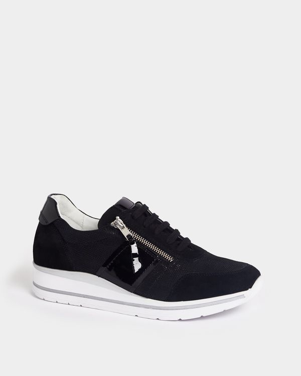 Leather Sporty Side Zip Shoe