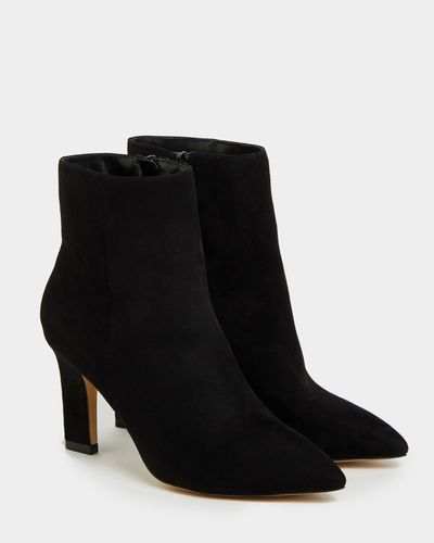 Gallery Pinched Heel Boots