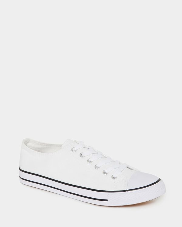 Round Toe Canvas Shoes