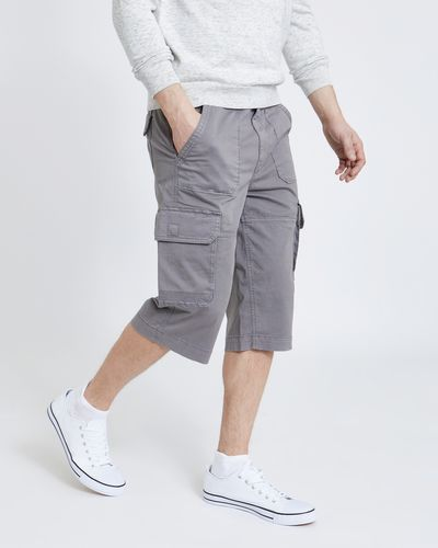 Regular Fit 3/4 Cargo Shorts