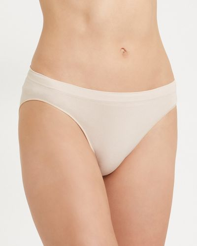 Seamfree Hi-Leg Briefs