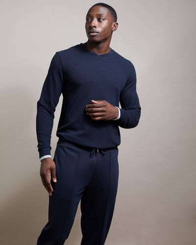 Long-Sleeved Rib Crew Neck Top