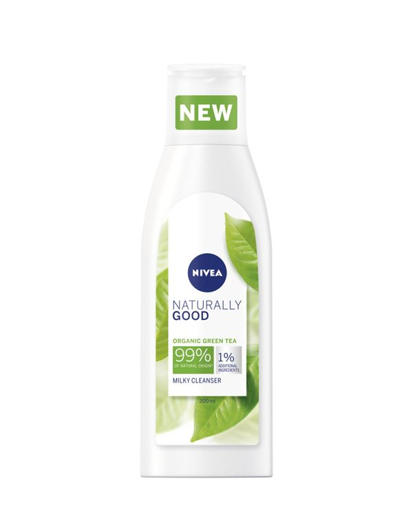 Nivea Naturally Good Cleanser