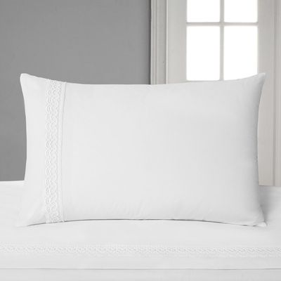 Francis Brennan the Collection Lace Border Housewife Pillowcase thumbnail
