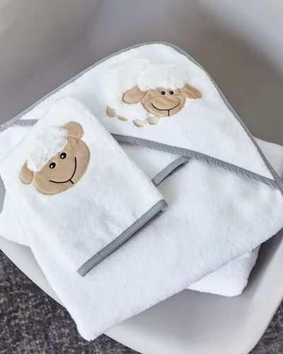 Francis Brennan the Collection Sheep Baby Towel And Mitt