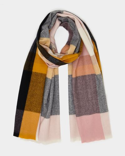 Soft Check Scarf