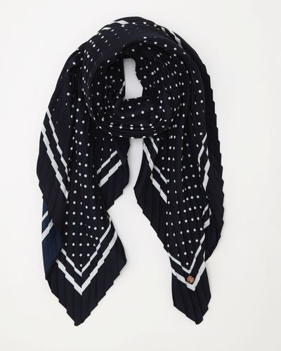 Gallery Spotted Scarf