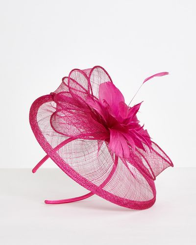 Gallery Feather Fascinator
