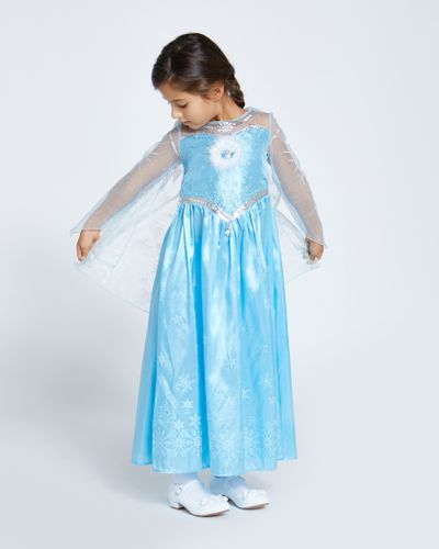 Elsa Frozen Dress Up