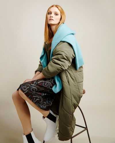Carolyn Donnelly The Edit Quilted Raglan Coat