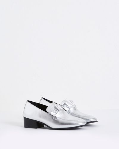 Carolyn Donnelly The Edit Silver Frill Loafers thumbnail