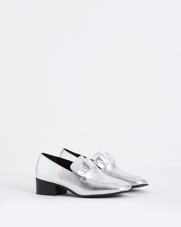 Carolyn Donnelly The Edit Silver Frill Loafers