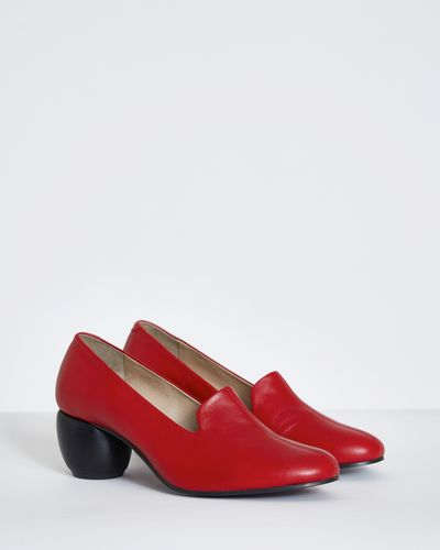 Carolyn Donnelly The Edit Red Court Heel