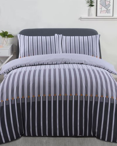 Linear Printed Complete Bed Set