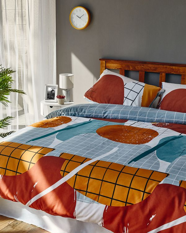 Ness Printed Complete Bed Set