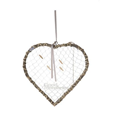 Wicker Heart With Pegs