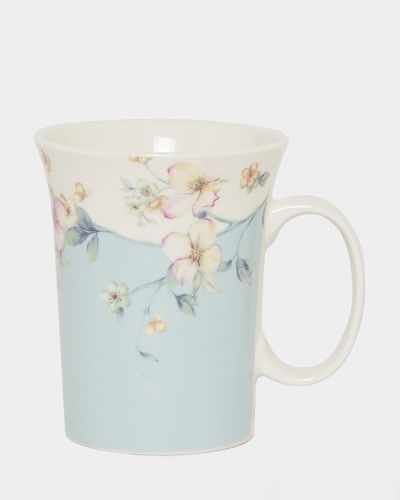 Tall Fluted Mug