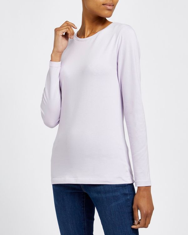 Long-Sleeved Stretch Crew Neck Top