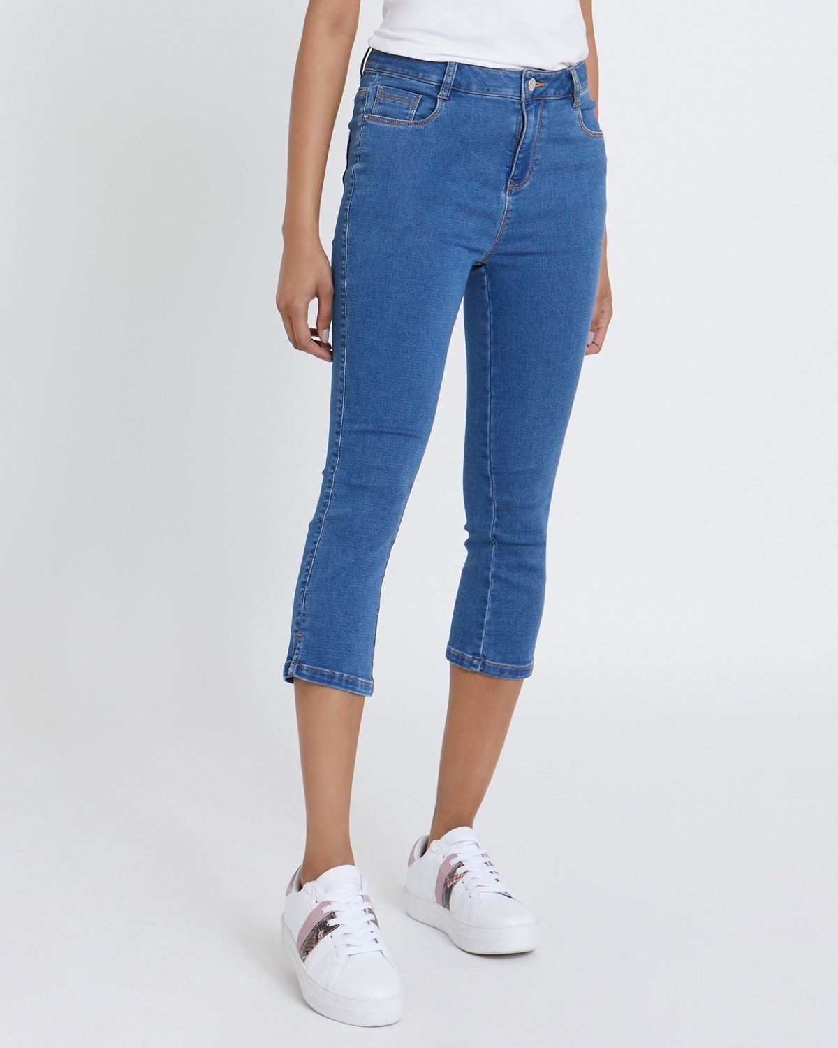 Knitted Denim Crop Jeans thumbnail