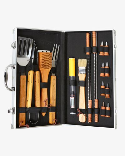 Paul Costelloe Living 18 Piece Barbecue Set